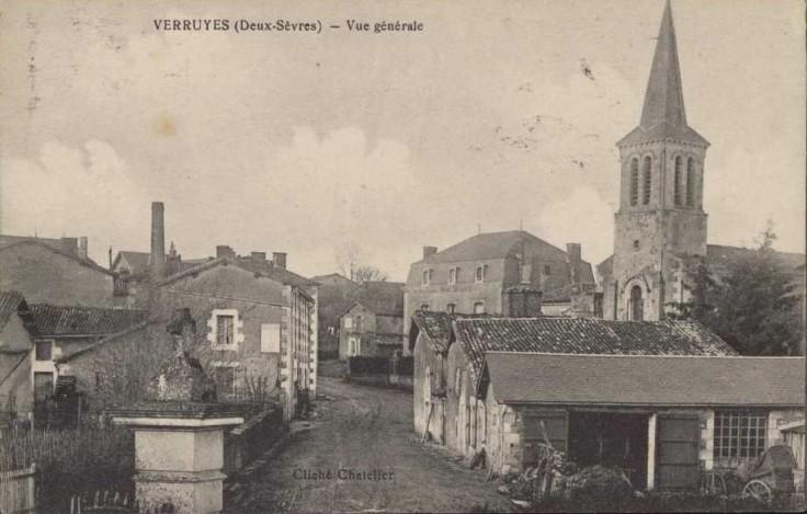 Verruyes_vue_generale_bourg_CP
